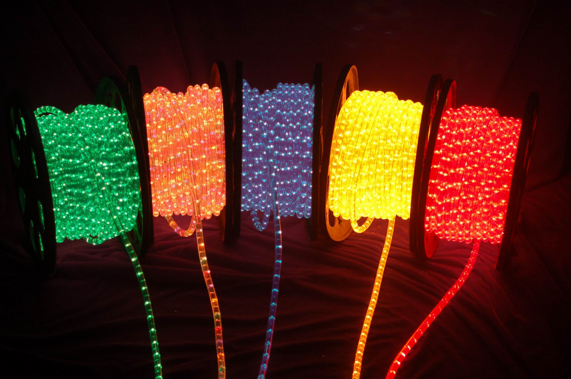 Thin Led String Lights : 8 Stunning Photos of LED Rope Light Applications Pegasus Lighting Blog